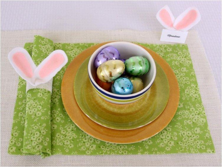 Napkin And Place Holder DIYs For A Fancier Easter Dinner Table – Easter Place Card Holders