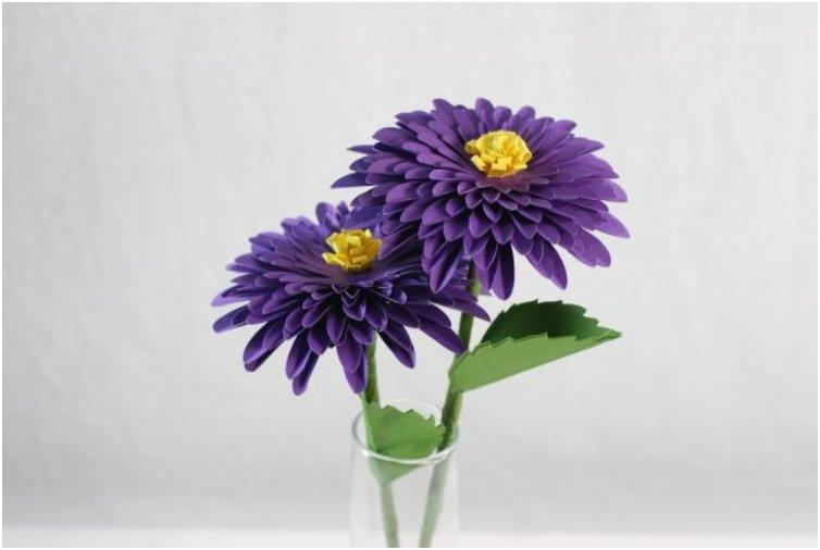 How to Make a Paper Dahlia