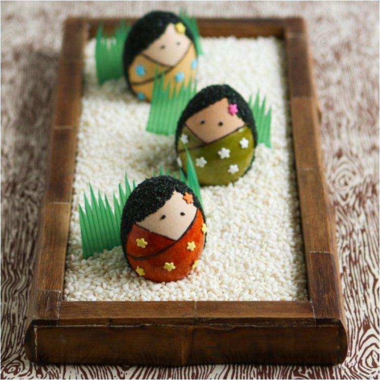 Kokeshi Easter Eggs