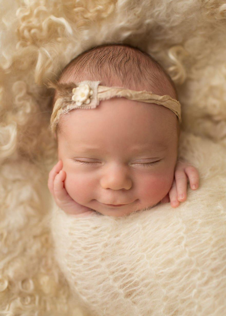 The Purest Smiles Of 25 Adorable Newborn Babies That Will Melt Your Heart