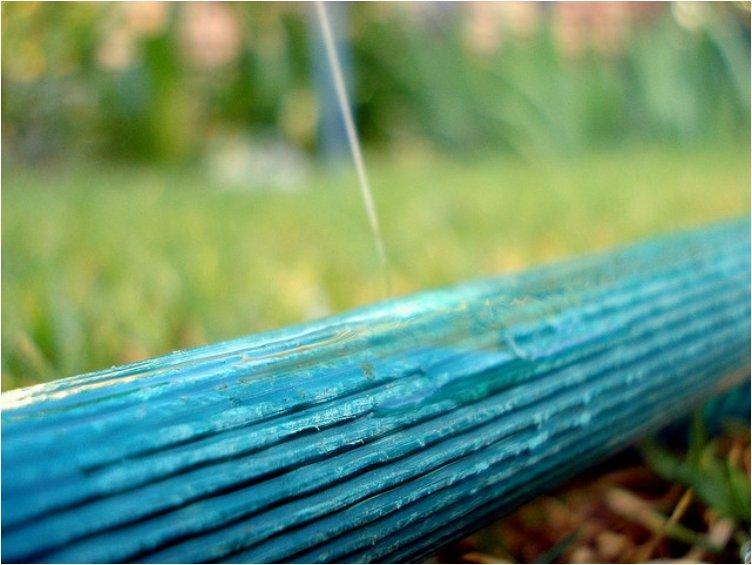 Wrap around a hose to seal small leaks
