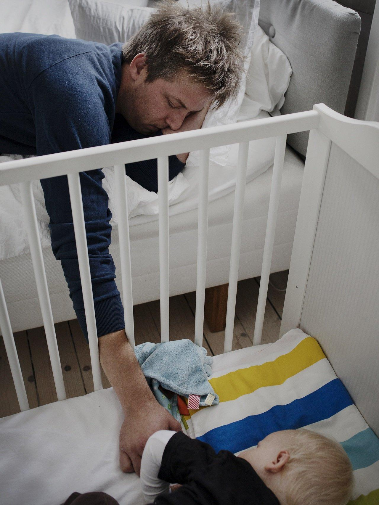 20 Swedish Dads Caring For The Children While On Maternity Leave