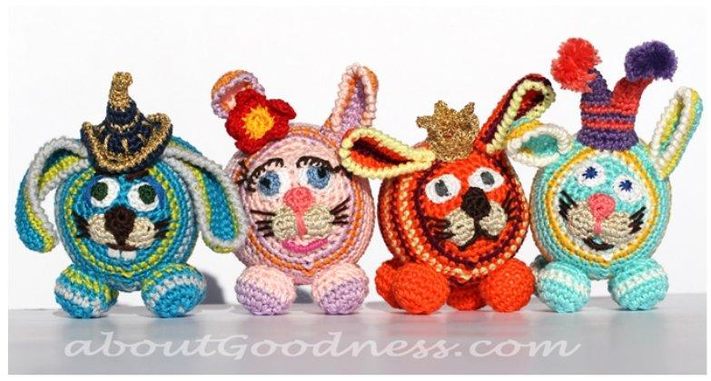 Crochet Amigurumi Bunnies for the Gift or Baby Mobile
