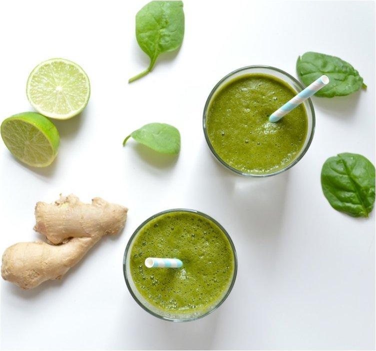 Detoxifying Green Morning Smoothies