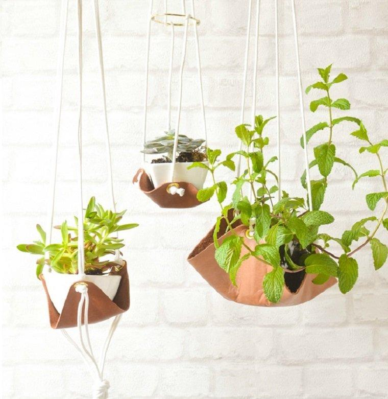 SLOUCHY LEATHER SLING PLANTER