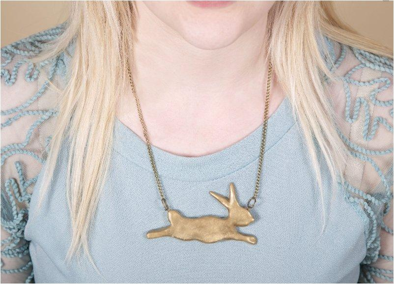 Super Simple umping Bunny Necklace