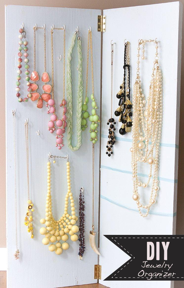 Vertical Jewelry Display
