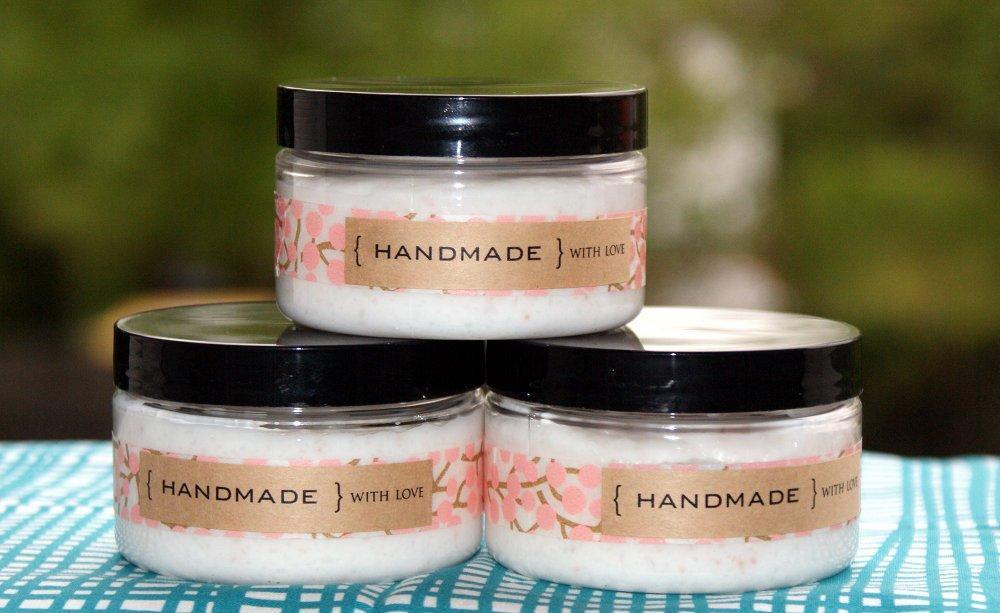 22 DIY Bath And Body Products To Assemble The Perfect Mother's Day Spa Kit