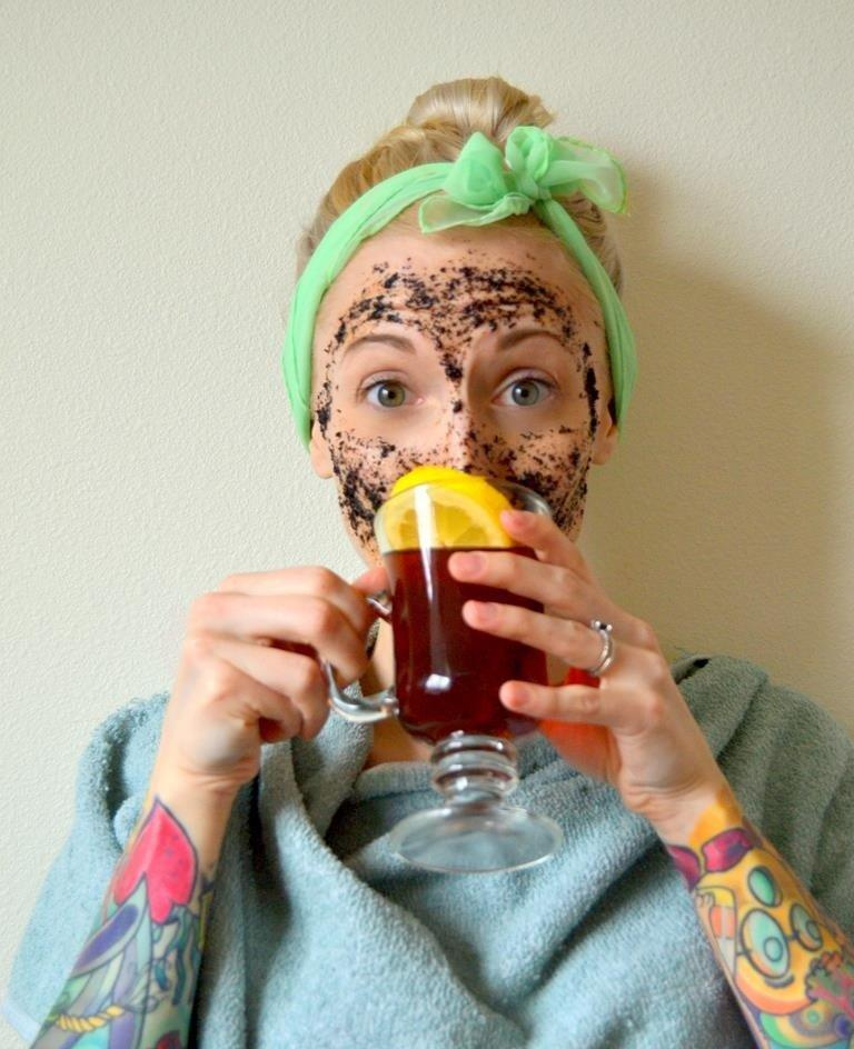Give Yourself A Full Body Pampering With 15 DIY Tea Based Beauty Products