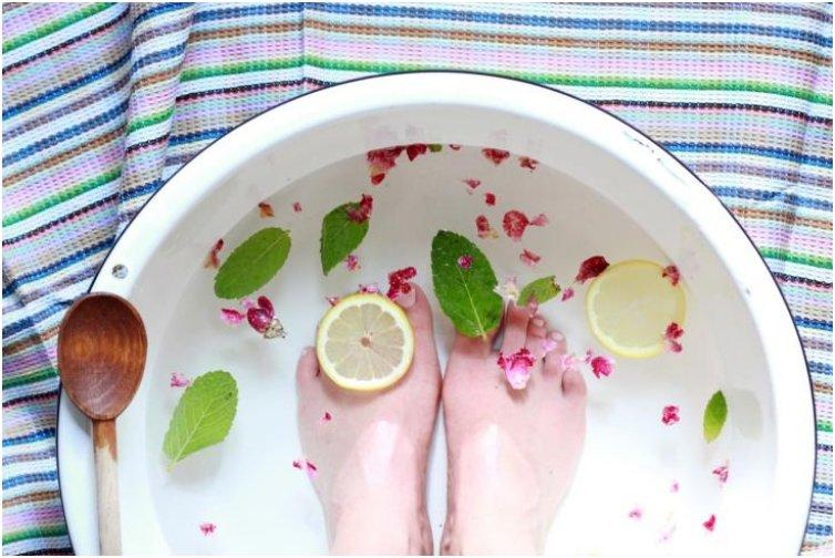 Get Your Feet Sandal Ready With These 15 Amazing Homemade Foot Treatments