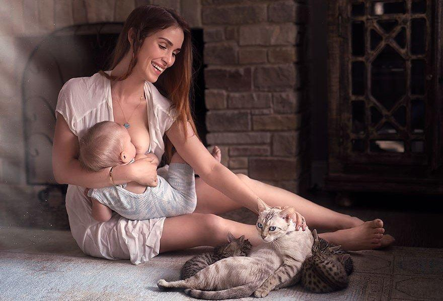 Fighting The Controversy Of Public Breastfeeding Through 27 Striking Photographs