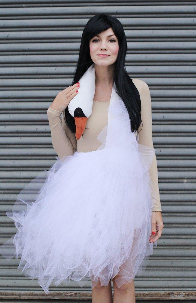 Easy Halloween Costumes for Women You Can DIY Right Now