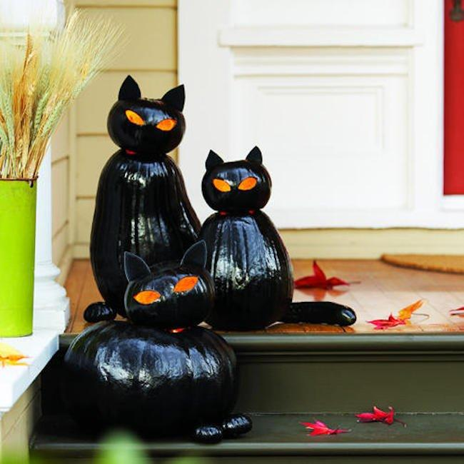 Scary DIY Halloween Decorations That Will Turn Your Home into Graveyard