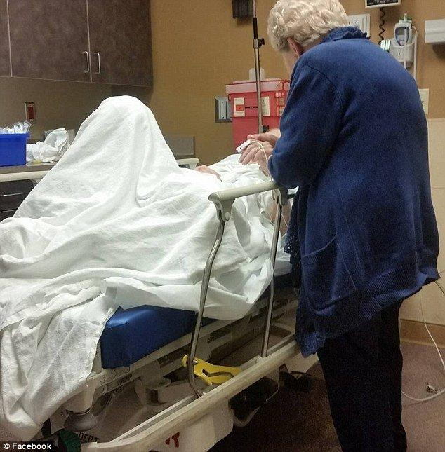How Nurses Made Elderly Couple's Final Moments Amazing?