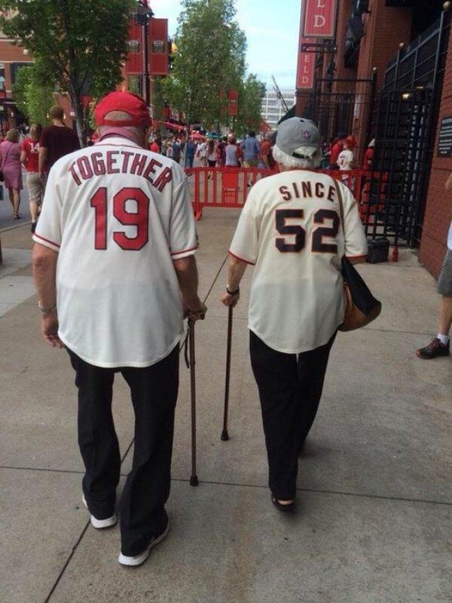 15 Emotional Photos Show What Love Truly Means