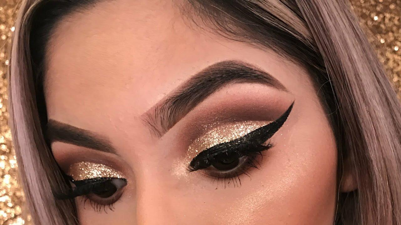 gold glitter eye makeup