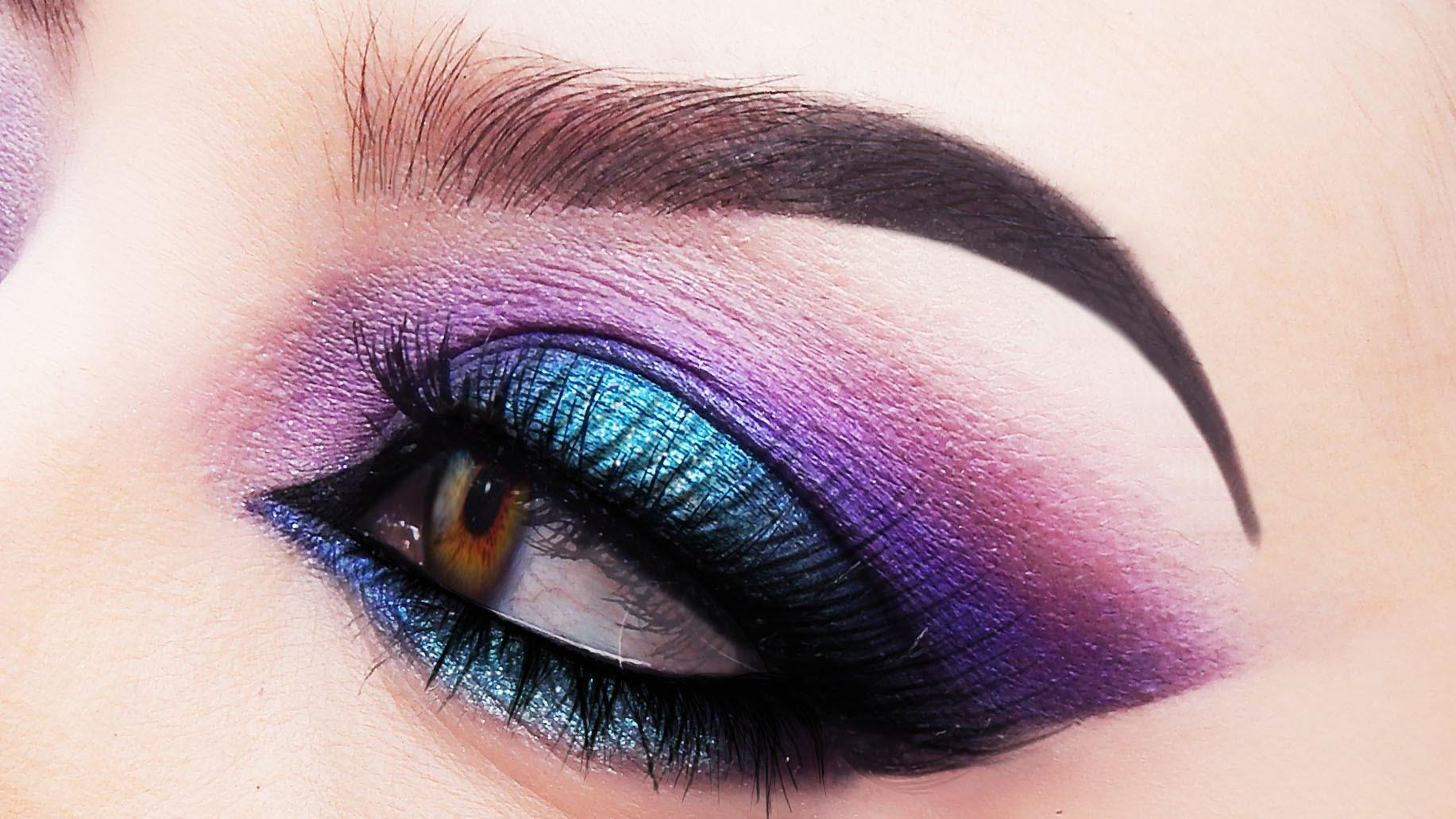 Blue and purple smokey eye