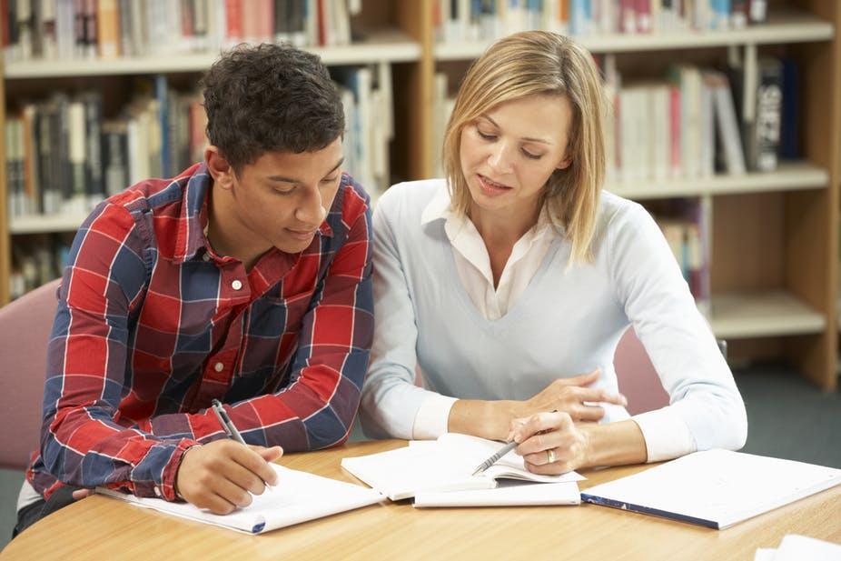 huring tutor