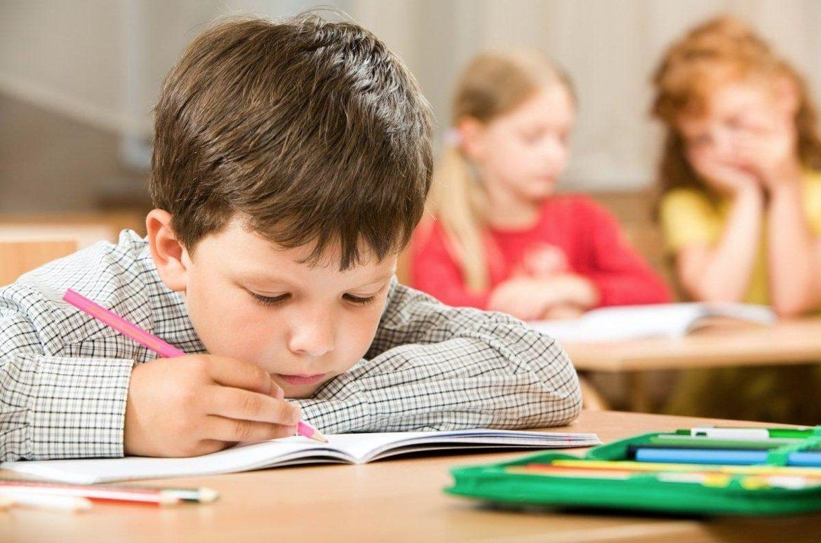 9 Tips to Teach Essay Writing to Your Children
