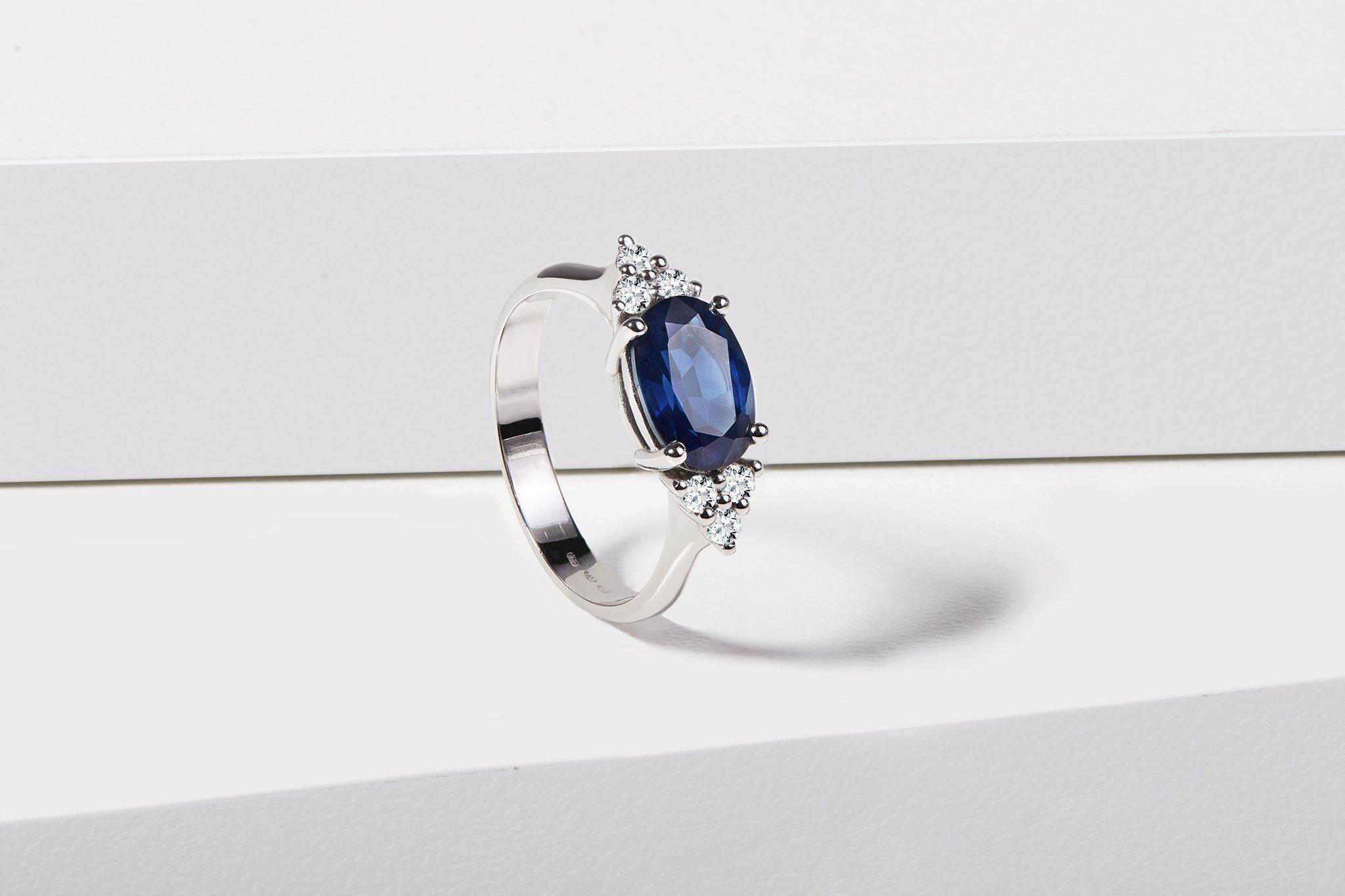 5 Reasons Brides Are Buying Sapphire Engagement Rings