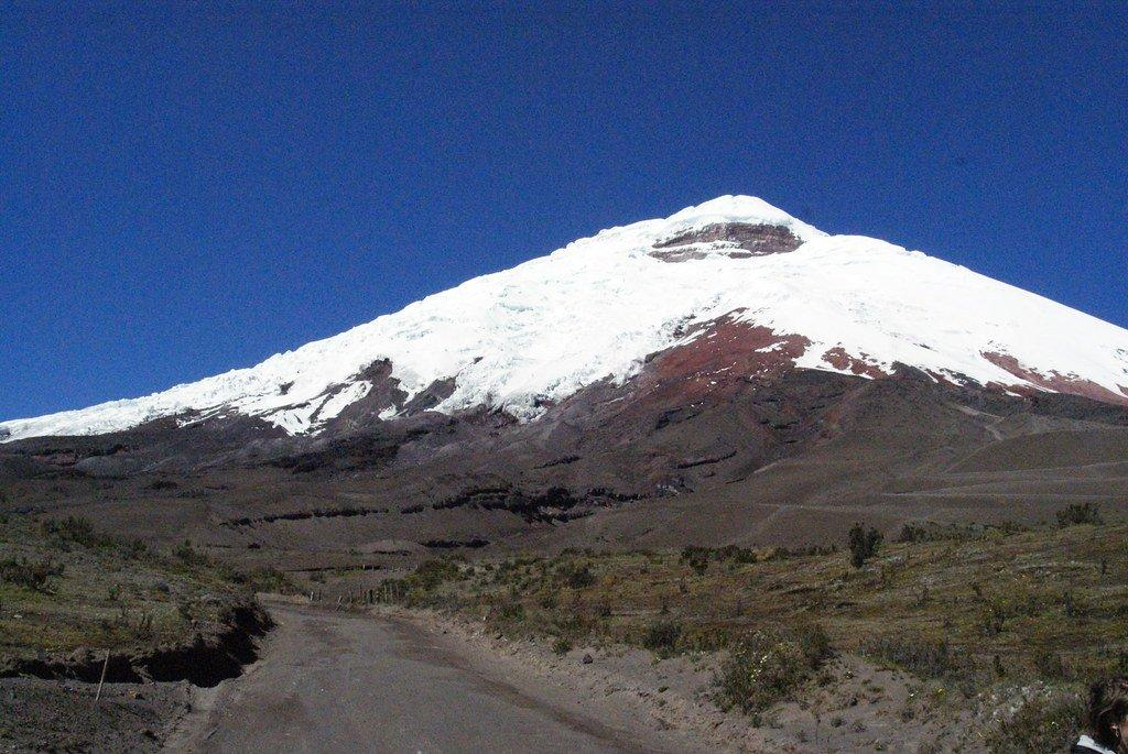 What are the best tourist attractions to visit in Ecuador