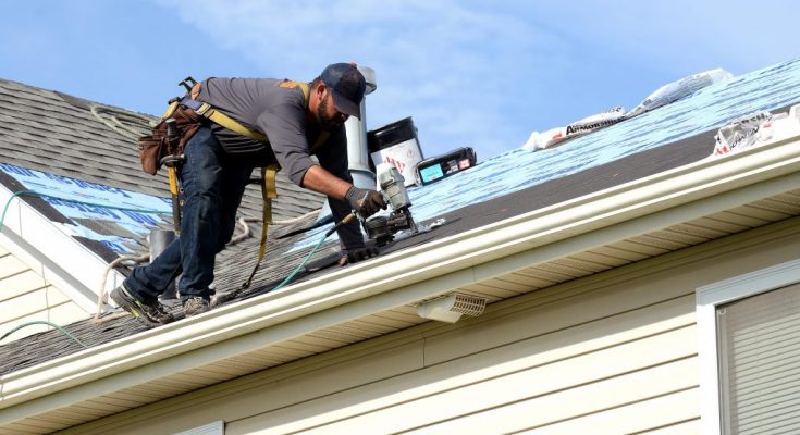 Tips To Choose The Right Roofing Contractor