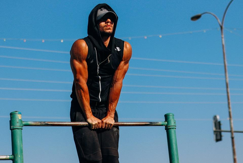 Here's why professional athletes should practice calisthenics
