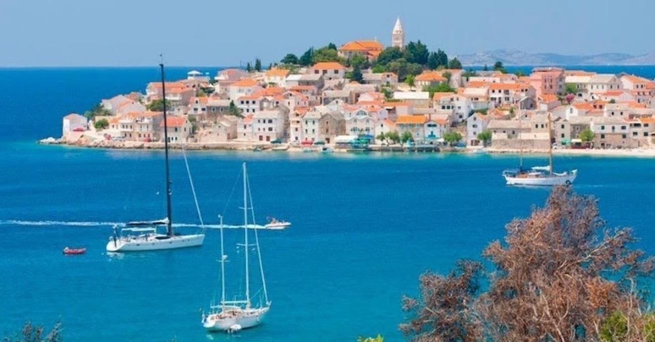 10 best sailing destinations around the world