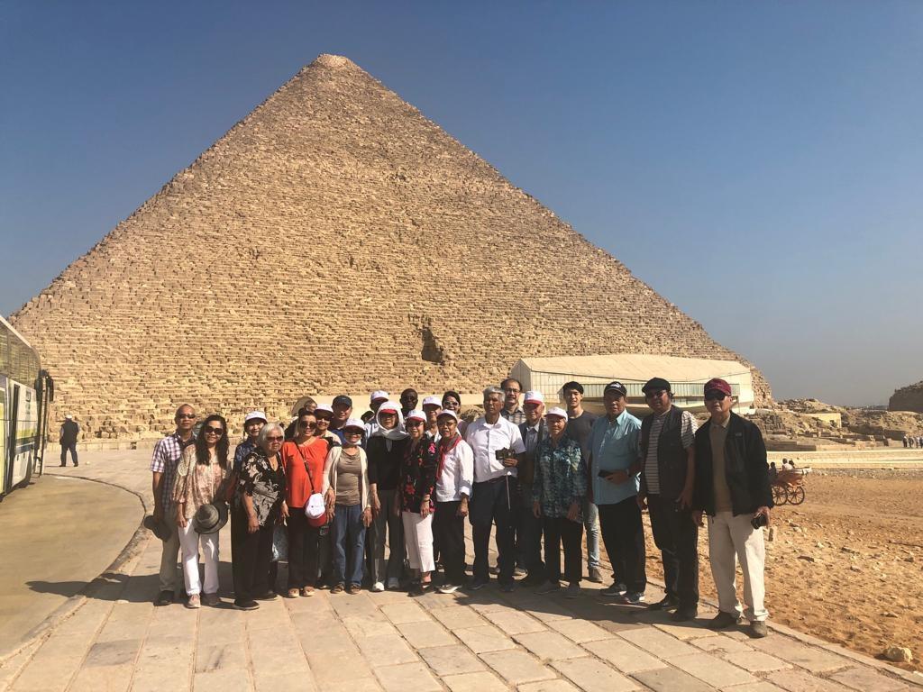Group at Giza Pyramids