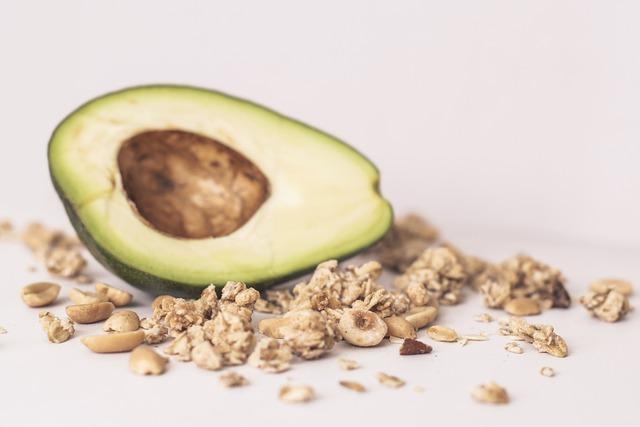 Keto benefits and nutritional of Avocado