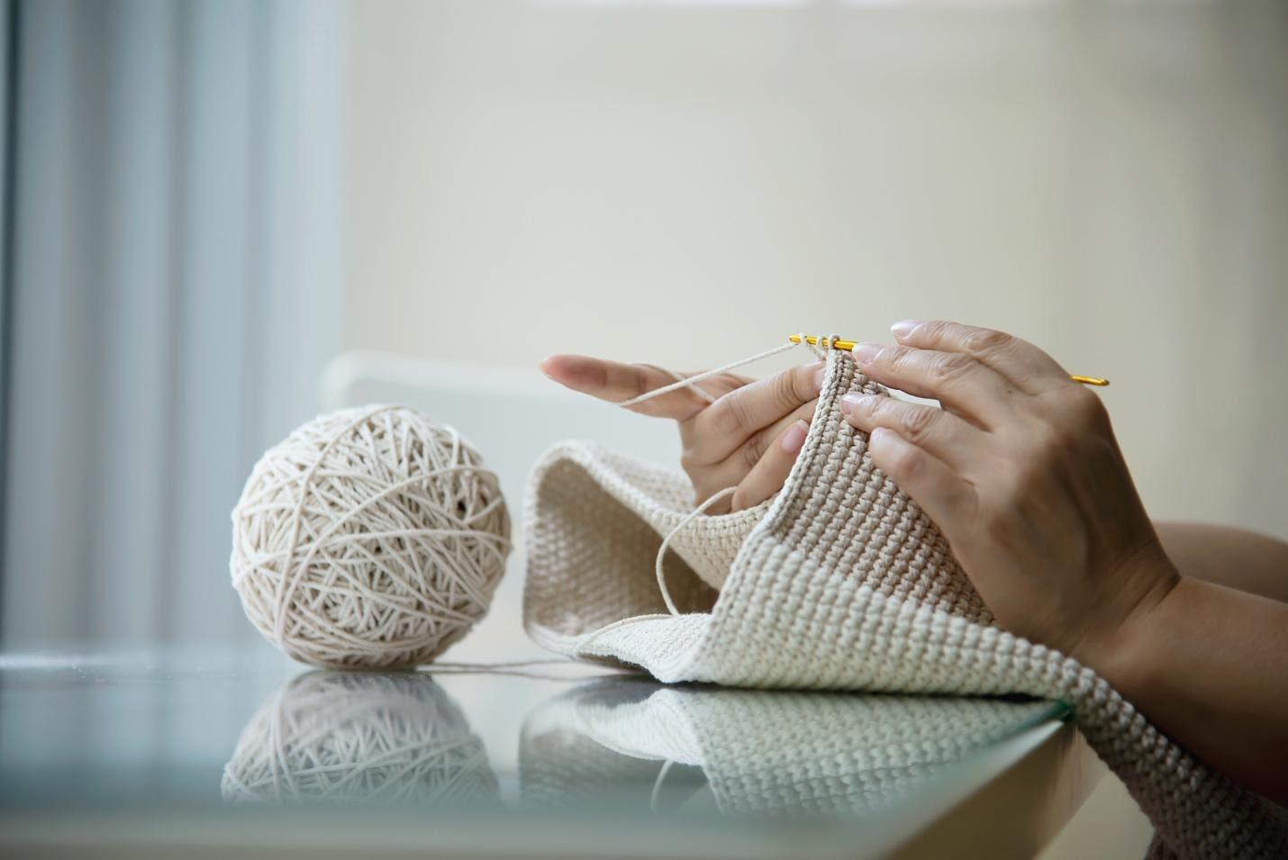 DIY Knit Accessories for the Perfect Go-To Gift on a Budget