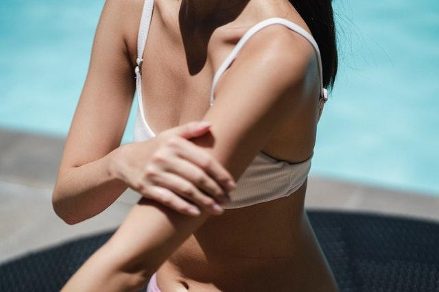 How To Buy The Self-Tanning Lotion Online