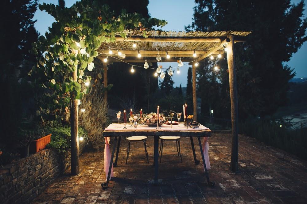 Outdoor decor tips