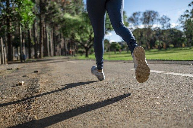 Life Hacks To Stop Your Leggings From Sliding