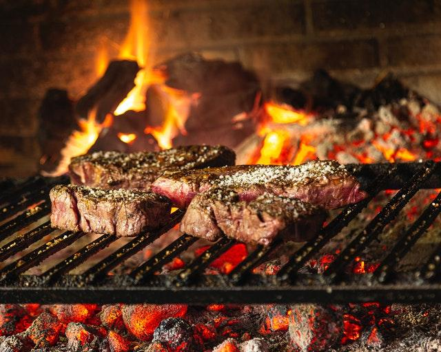 Proper Cooking Tips For Preparing Healthy Meat At Home